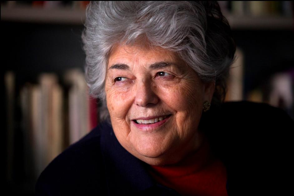 Falecimento da Professora Maria de Sousa